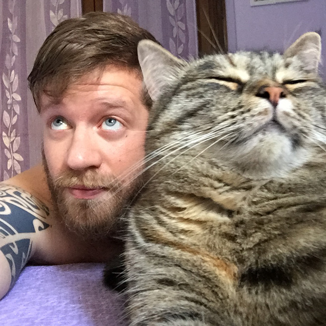 10 Motivi Per cui un single dovrebbe avere un gatto